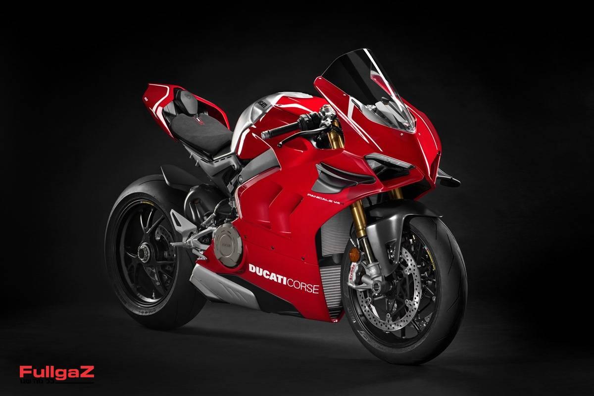 דוקאטי פניגאלה V4R - הכי קרוב לאופנוע MotoGP שכסף יכול לקנות!