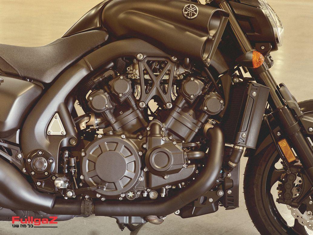 Yamaha-VMAX-2020-002