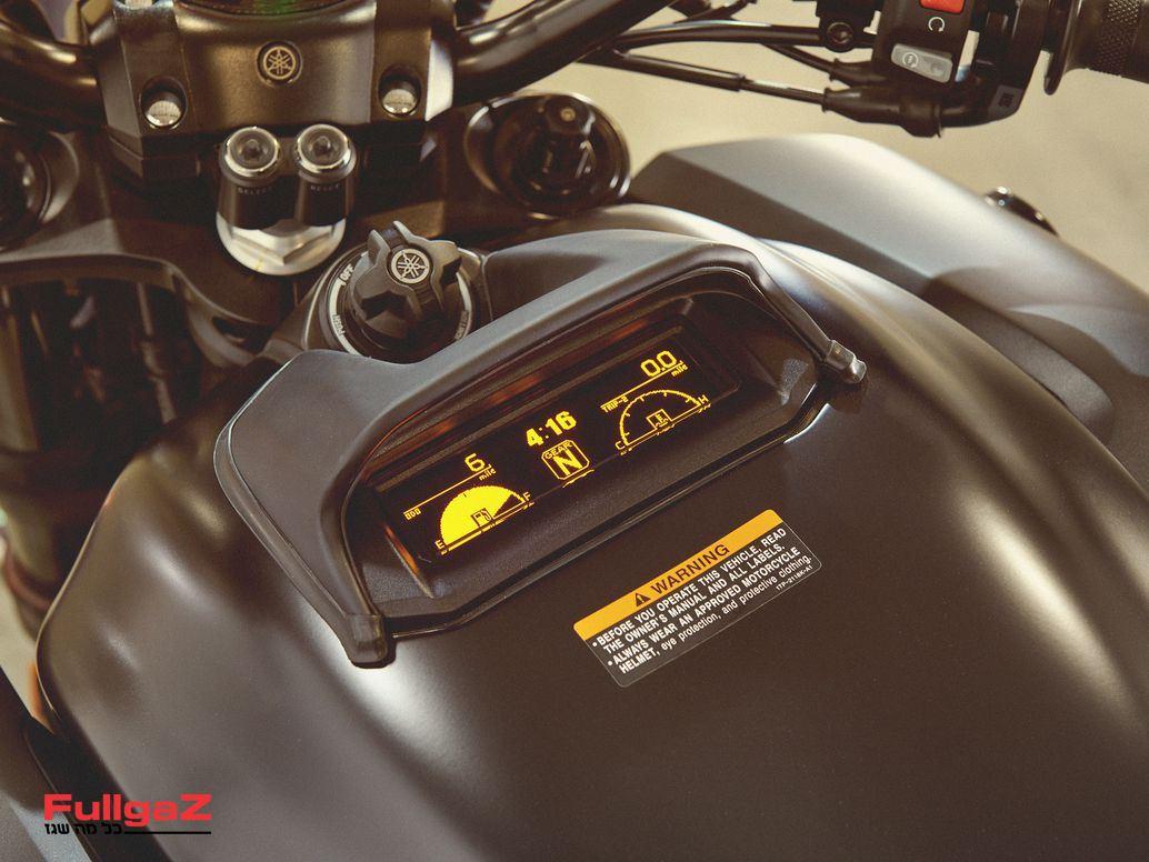 Yamaha-VMAX-2020-003