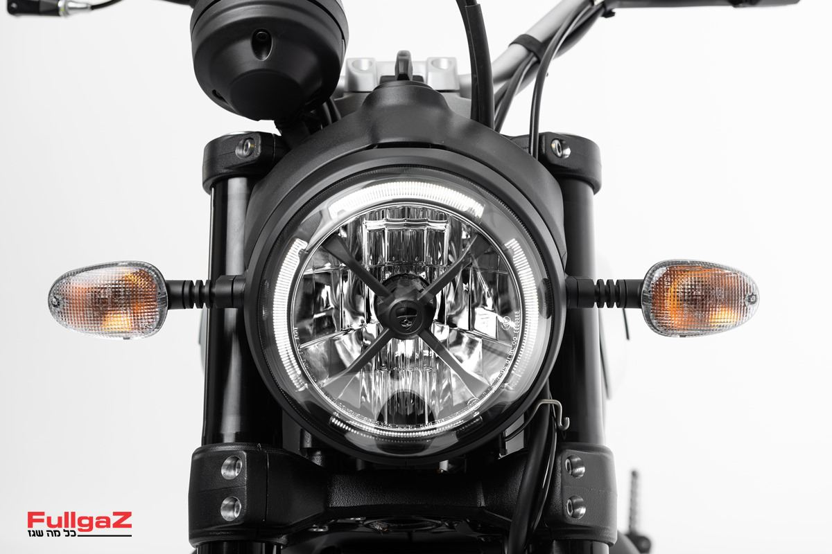 Ducati-Scrambler-Dark-009
