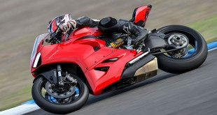 Ducati-Panigale-V2-Launch-Jerez-003