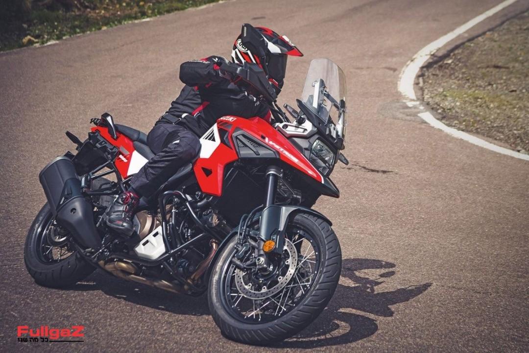 Suzuki-Vstrom-1050-006