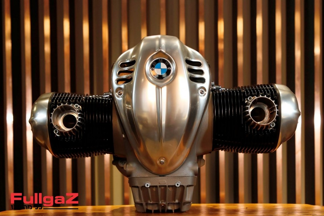 BMW-Big-Boxer-1800cc-001