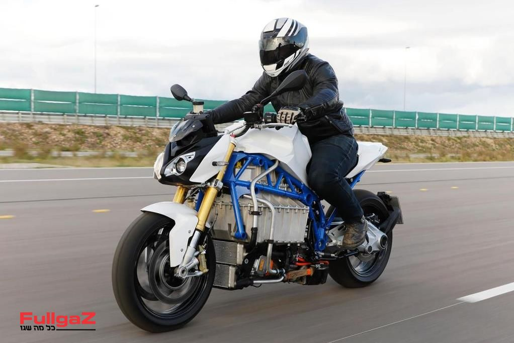 BMW-e-power-roadster-prototype-002