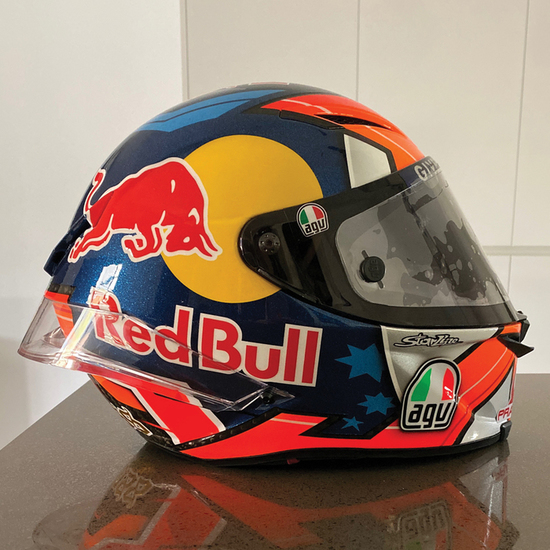 Helmet-Image-2_s550