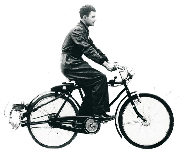 המנוע הראשון שחובר לשלדת אופניים