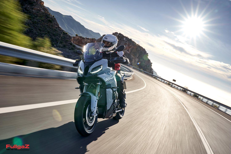 האופנוע סופרבייק, התנוחה אדוונצ'ר