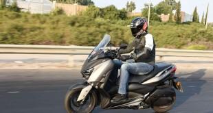 Yamaha-XMAX300-028