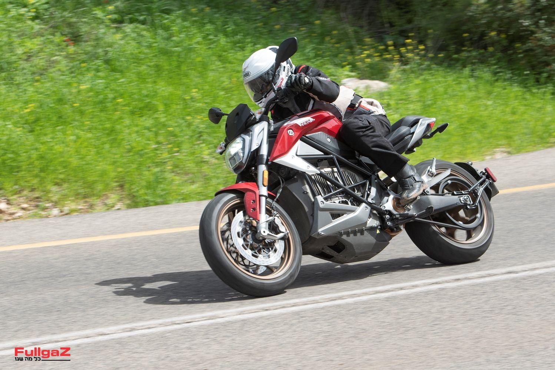 מנוע חזק מאוד וביצועי כביש מעולים