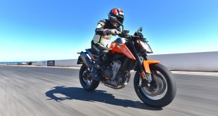 KTM-DUKE-790-launch-044