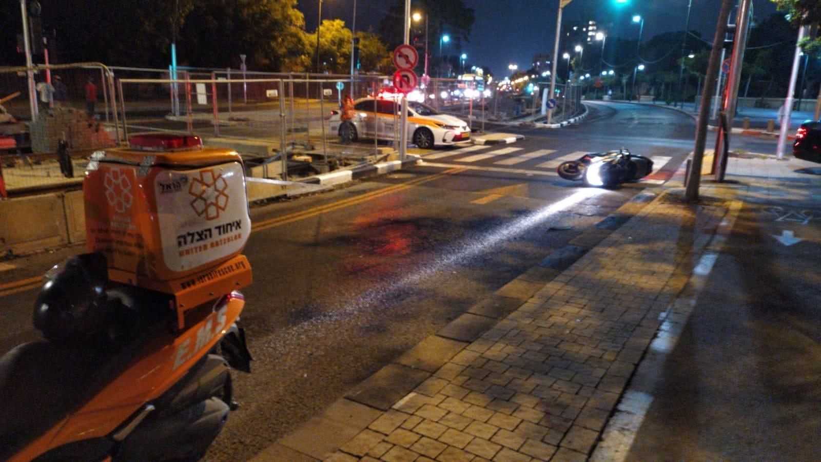 זירת התאונה בשדרות ירושלים ביפו