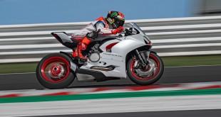 Ducati-Panigale-V2-White-Rosso-010