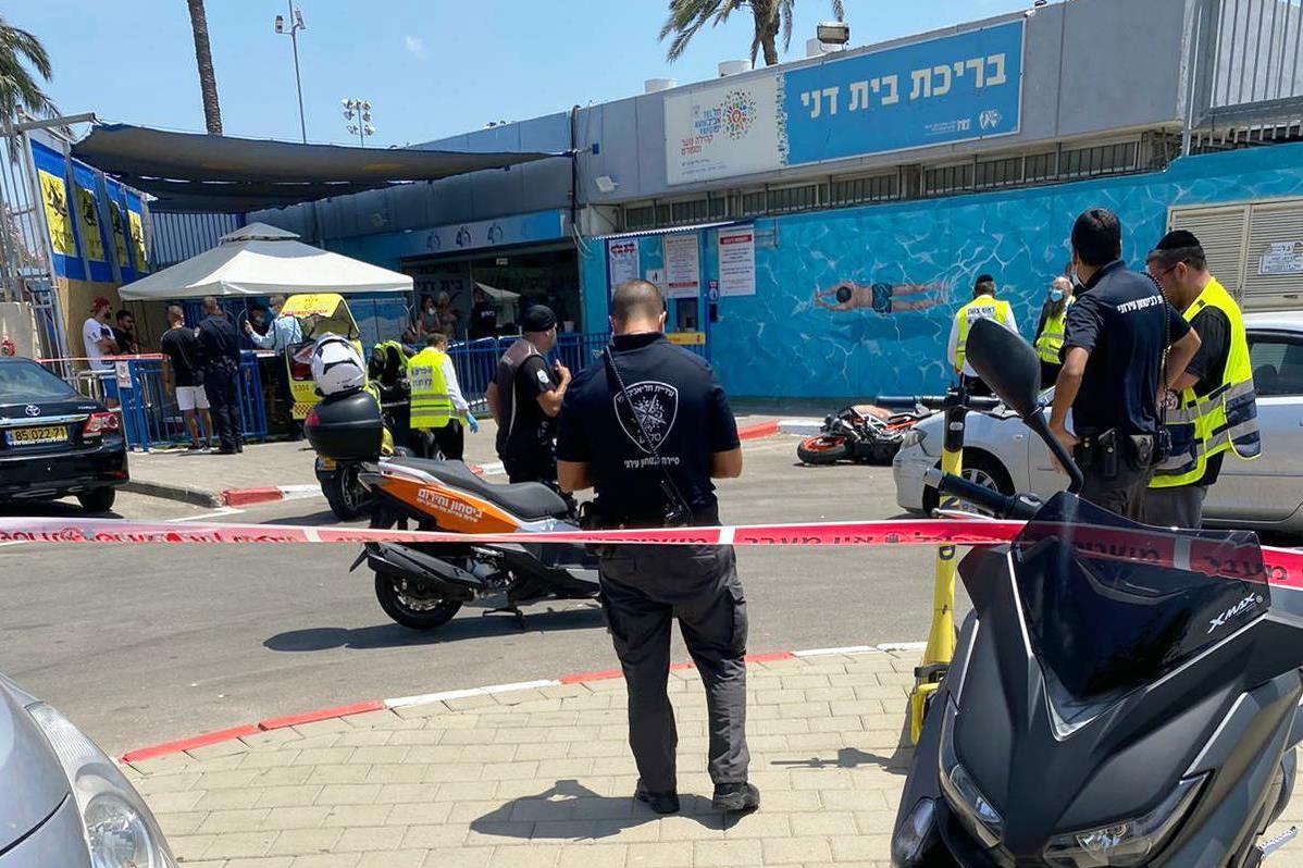 זירת התאונה בחניון בית דני שבה נהרג הרוכב בן ה-22