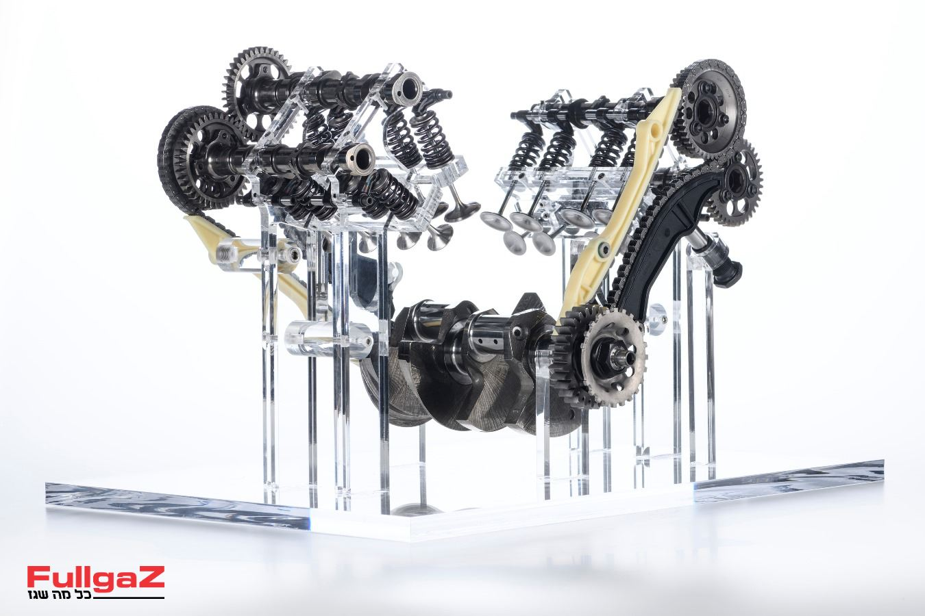 Ducati-V4-Granturismo-Engine-005