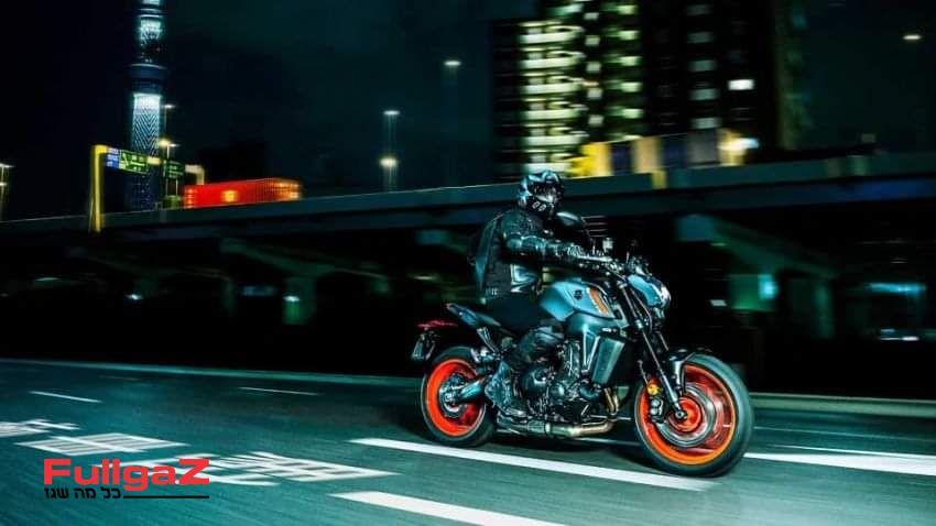 Yamaha-mt-09-2021-leak-pics-004