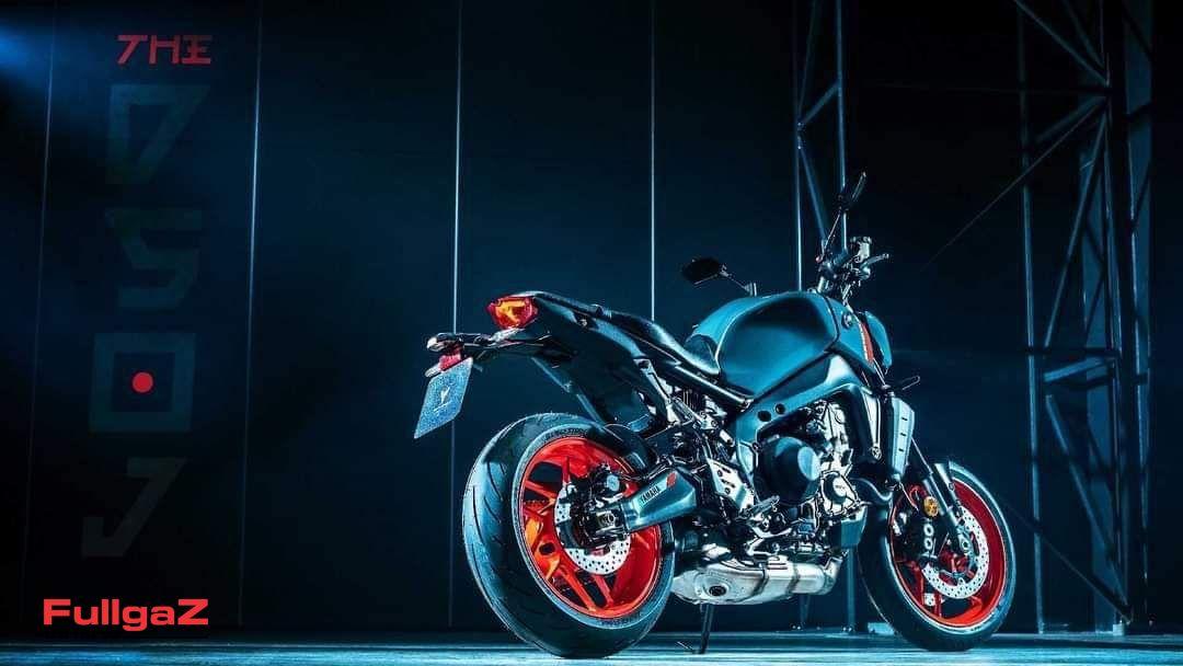 Yamaha-mt-09-2021-leak-pics-007