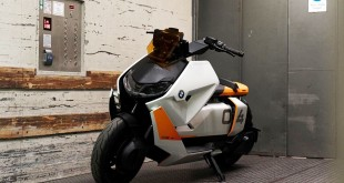 BMW-CE-04-Concept-003