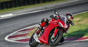 Ducati-Supersport-950-2021-021