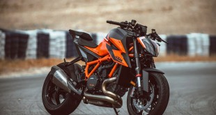 KTM-890-DUKE-Launch-004