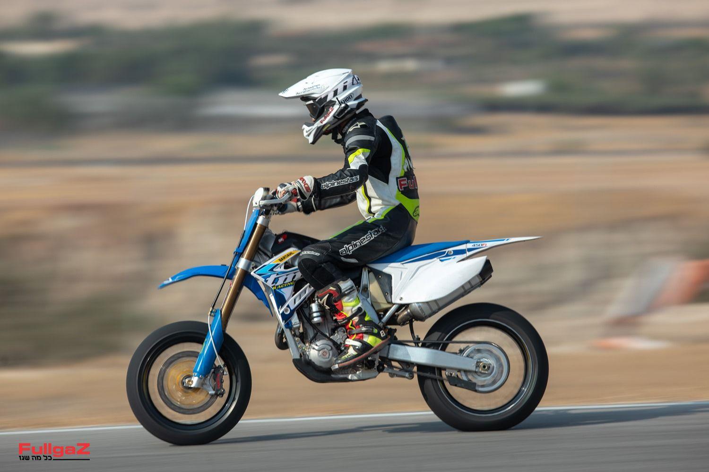 אופנוע שכמעט זהה לאופנוע שזכה באליפות העולם בעונה שעברה
