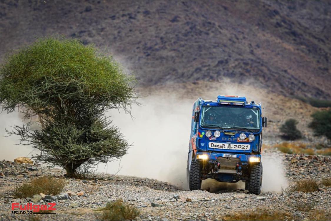 המשאית של צוות 536 הישראלי - אביב קדשאי, יזהר ערמוני, מעוז וילדר