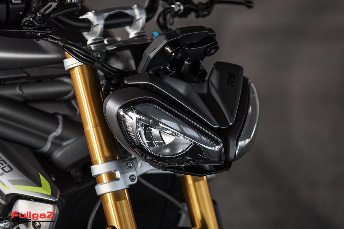 Triumph-Speed-Triple-1200-RS-2021-005