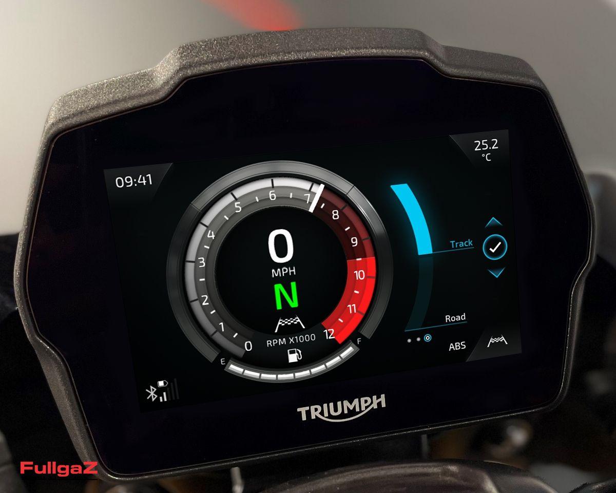 Triumph-Speed-Triple-1200-RS-2021-020