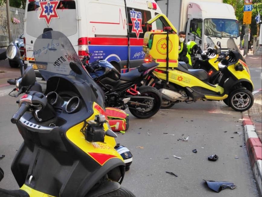 זירת התאונה ברמת גן שבה נהג הרוכב בן ה-25