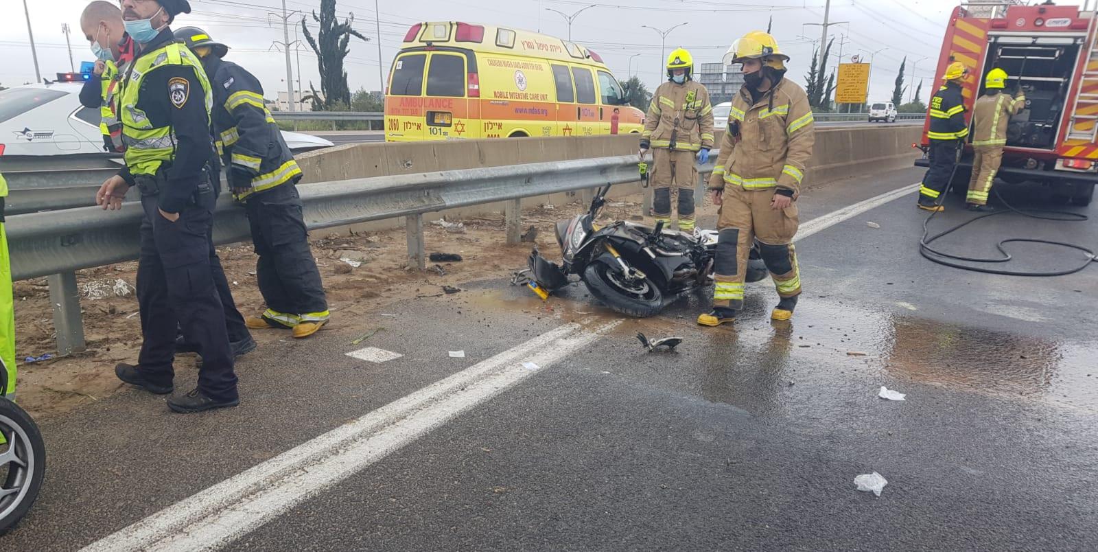 זירת התאונה שבה נהרג הרוכב בן ה-25 במחלף ראשונים