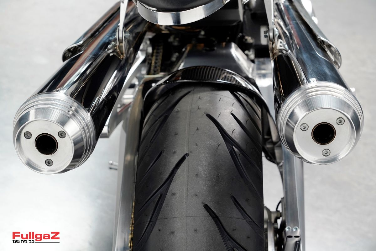 Brough-Superior-Lawrence-003