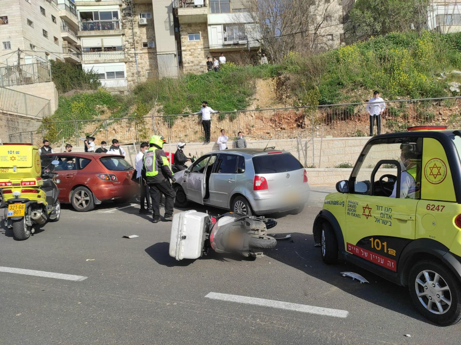 זירת התאונה בירושלים שבה נהרג הרוכב בן ה-20