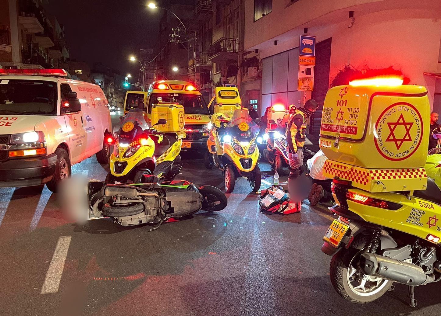זירת התאונה בדרך יפו בתל-אביב שבה נהרג הרוכב בן ה-29