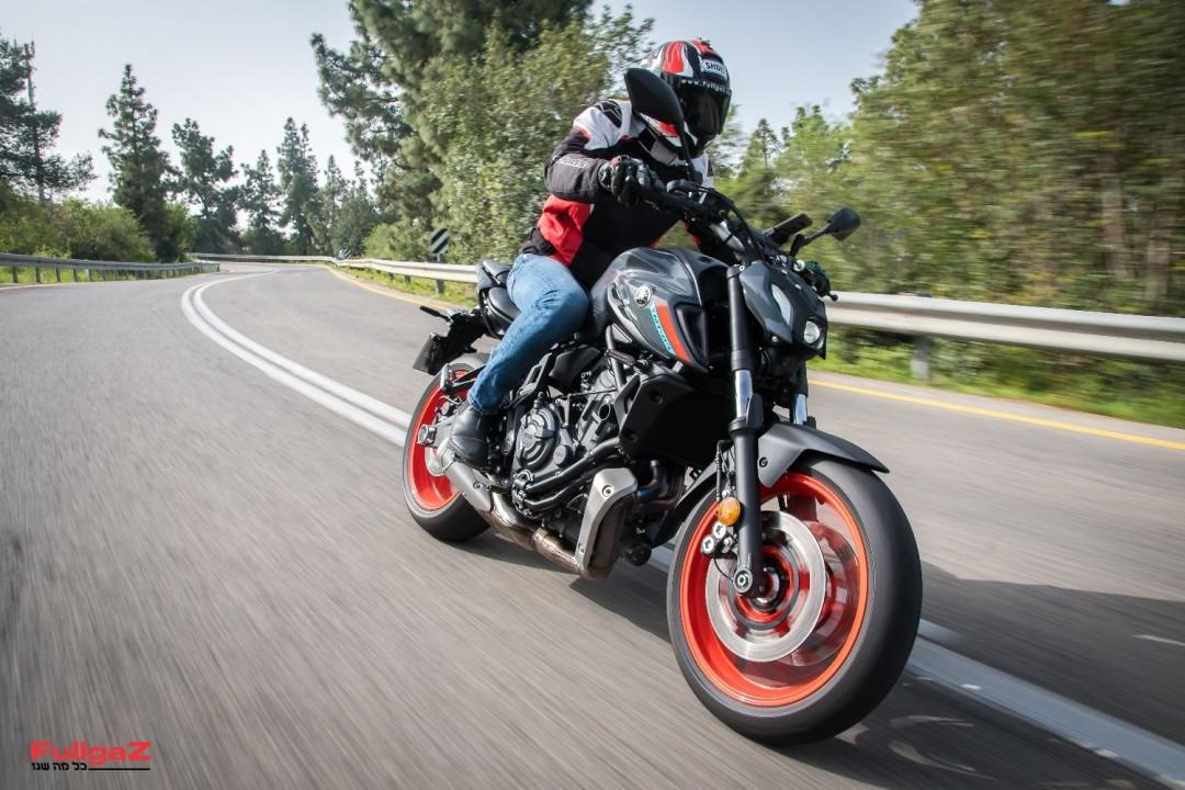 Yamaha-MT-07-2021-Test-007