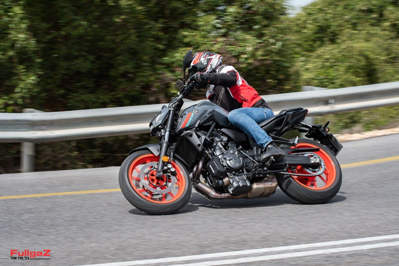 אופנוע פשוט וטוב שעבר מקצה שיפורים והפך למגניב יותר