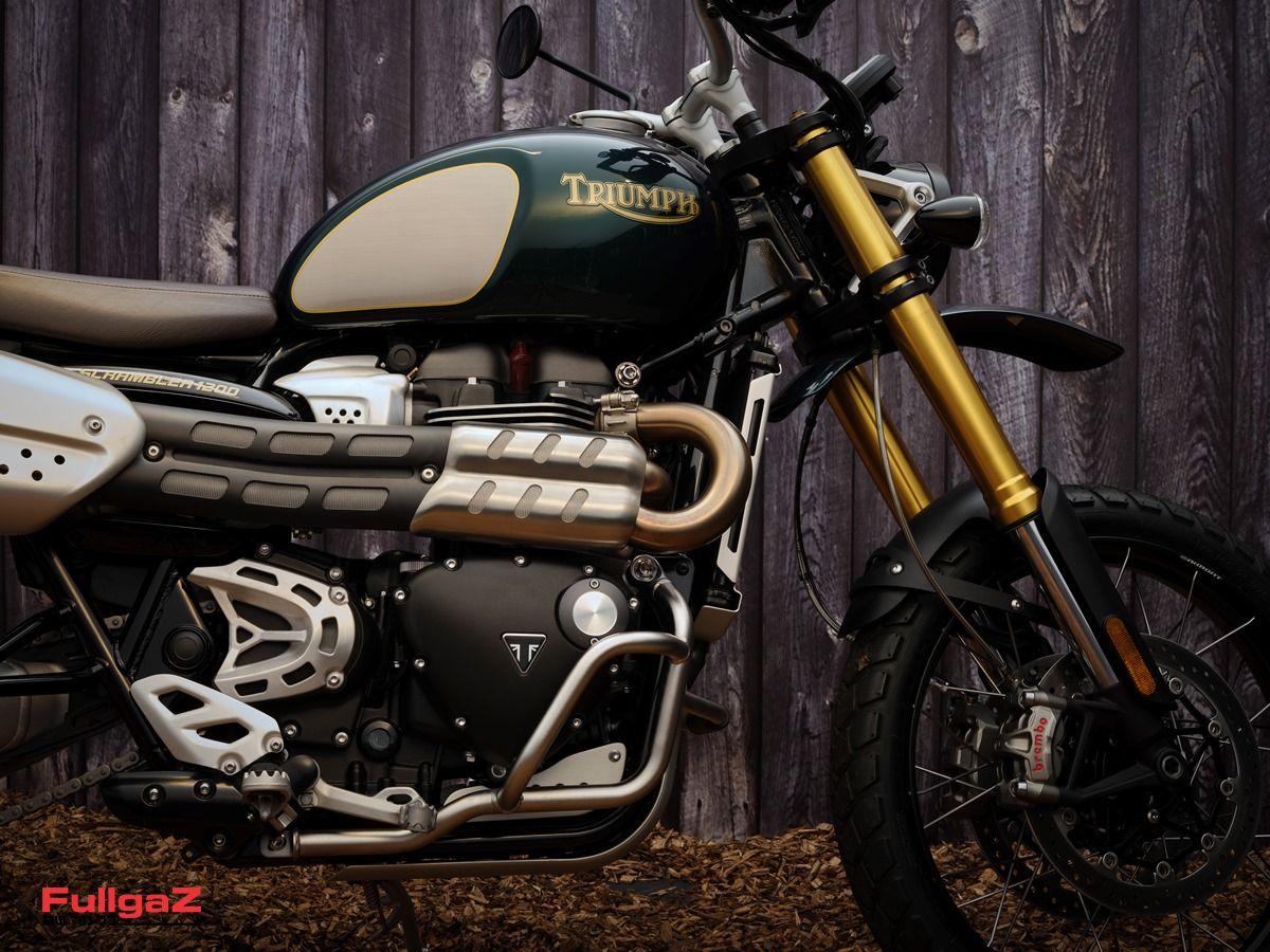 Triumph-Scrambler-1200-2021-003