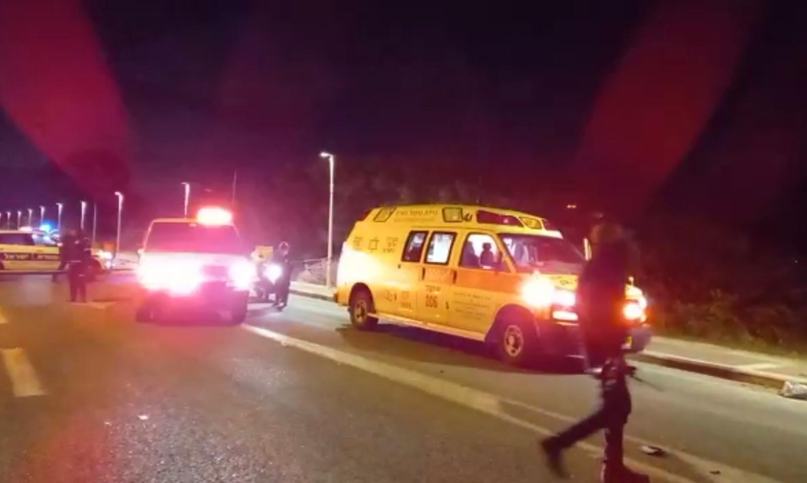 זירת התאונה בכניסה הצפונית לנהרייה שבה נהרג הרוכב בן ה-30