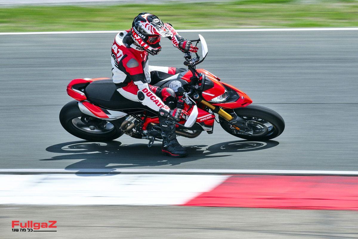 Ducati_Hypermotard_950_SP _46__UC287651_Mid