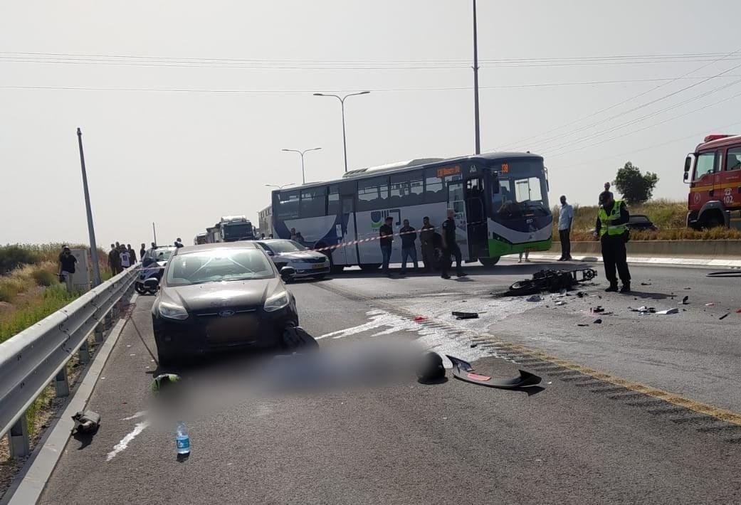 זירת התאונה בכביש 57 שבה מהרג הרוכב בן ה-26