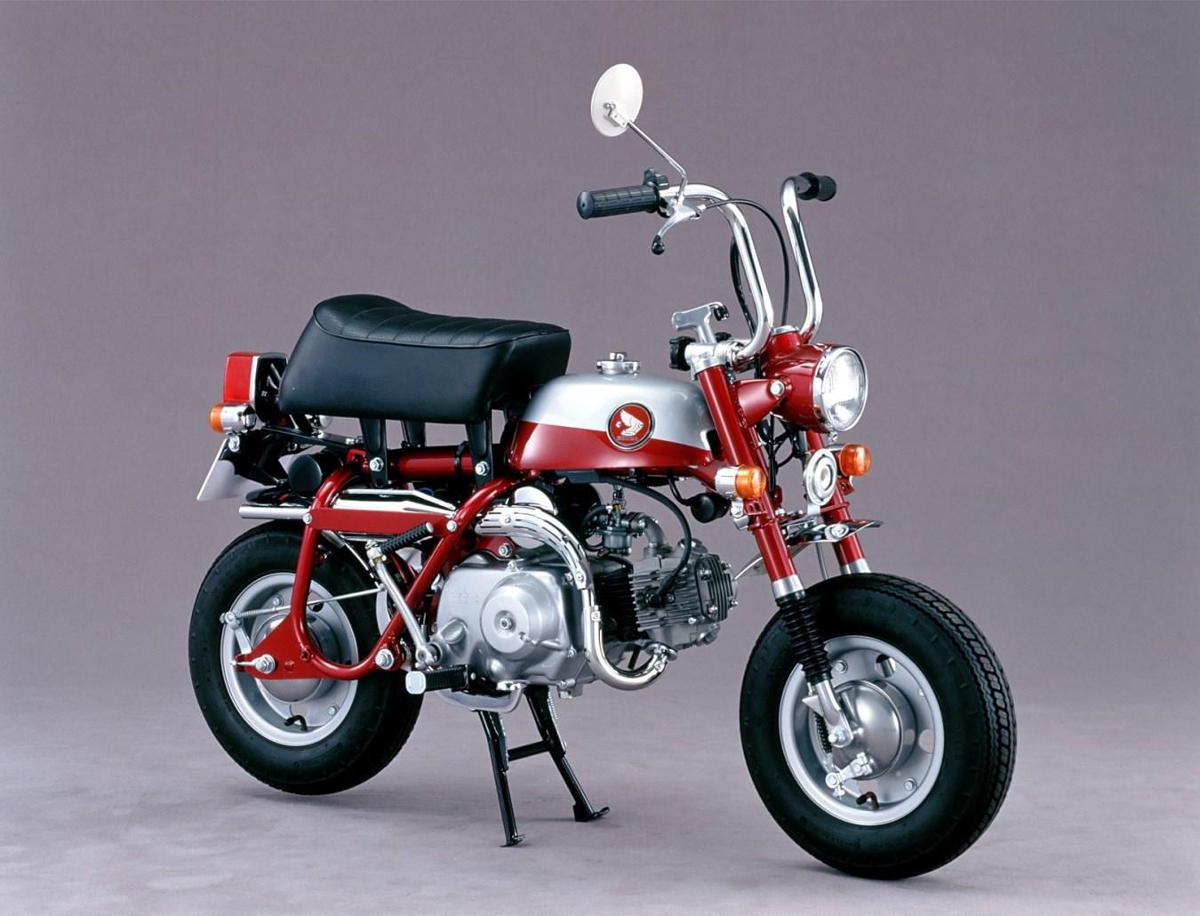 1970 - ה-Z50Z, עם מזלג מתקפל ועם רגלית אמצע