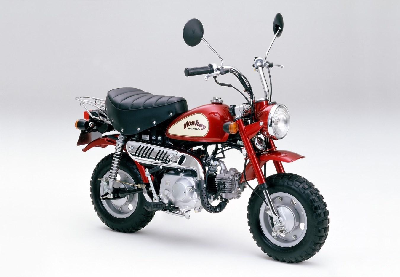1988 - A-Z50J, לראשונה צמד מראות
