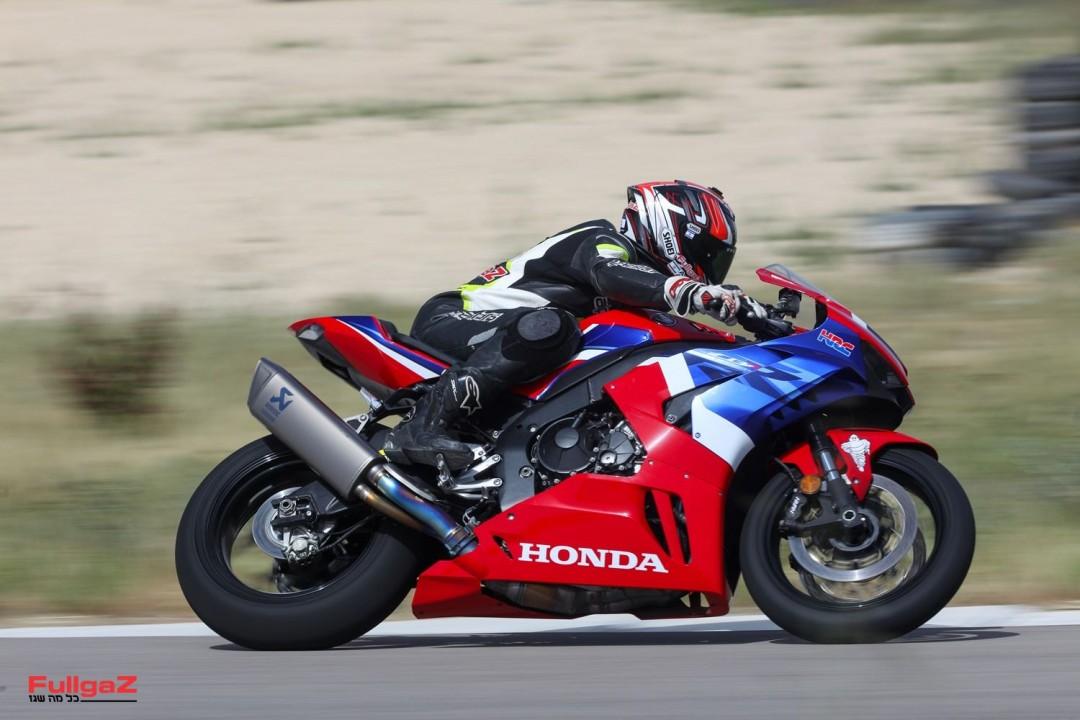 Honda-CBR1000RR-R-Launch-Motorcity-044