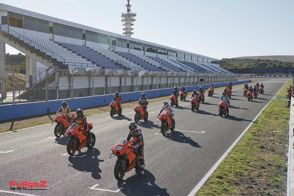 RC 8C Customer Event Jerez-9