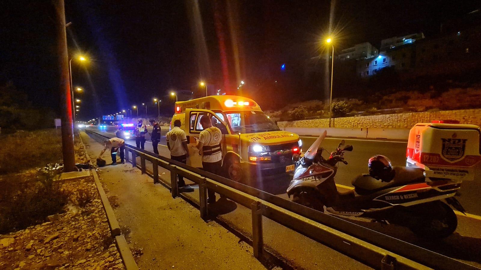 זירת התאונה בכביש מס' 1 שבה נהרג הרוכב בן ה-21