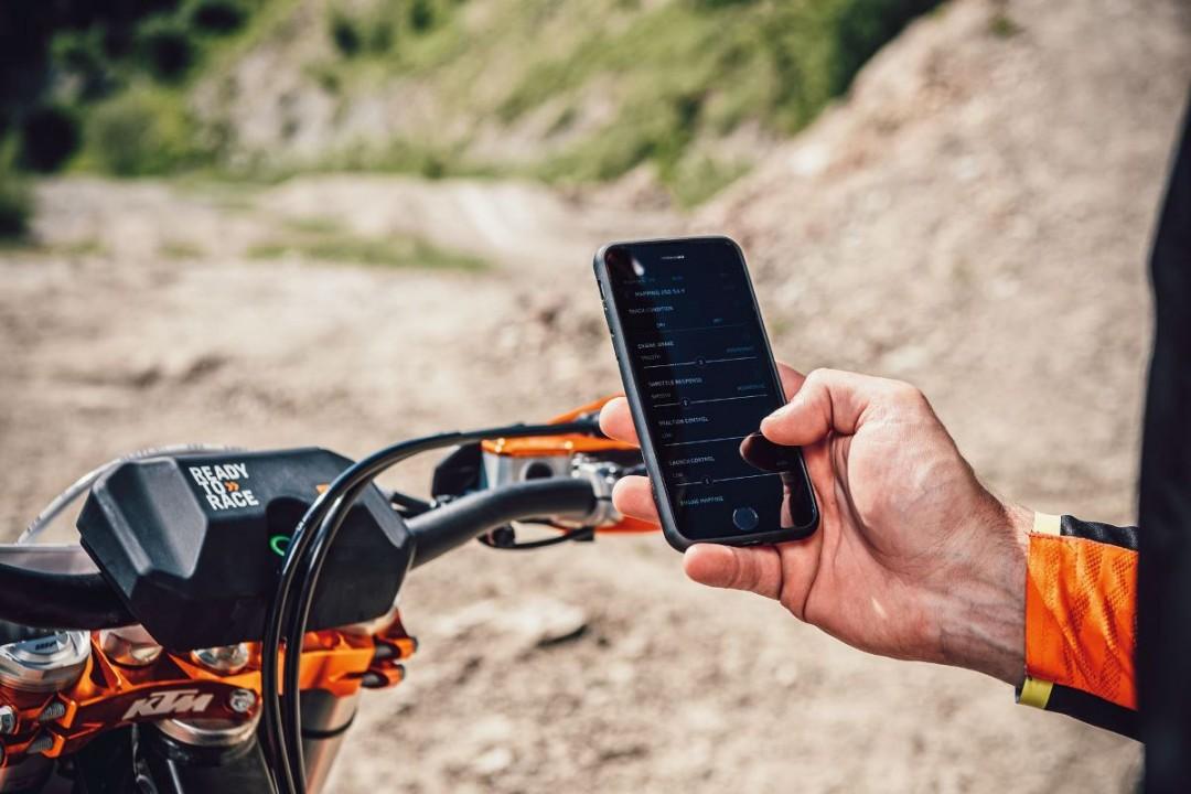 myKTM App connectivity unit