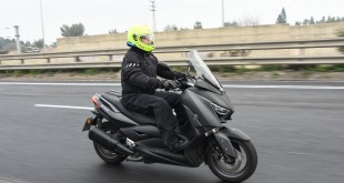 300cc-scooters-2019-010