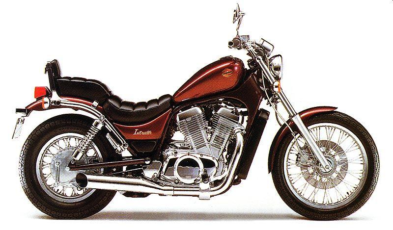 Suzuki Intruder (1)